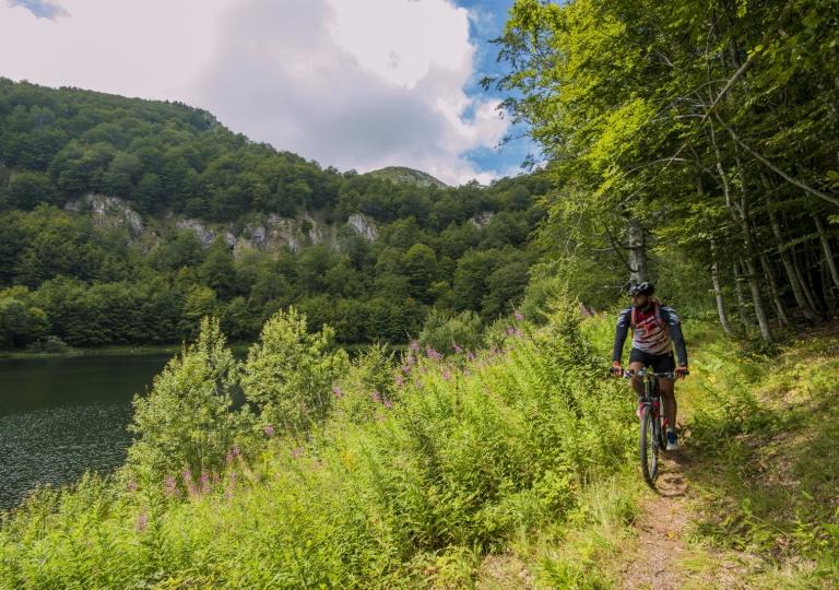 Planinski biciklizam  Highlander_rafting_1