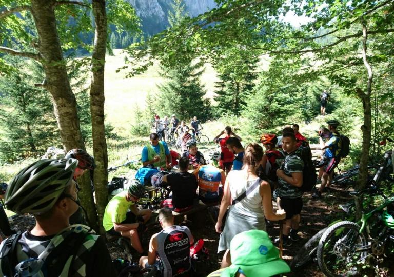 Planinski biciklizam  Highlander_rafting_7