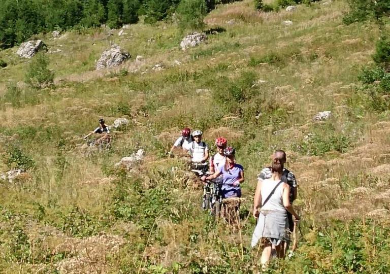 Planinski biciklizam  Highlander_rafting_8